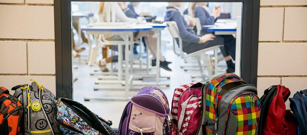 Ruošiamės mokyklai – kaip išsirinkti tinkamą kuprinę?
