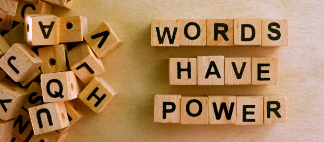 Žodžiai yra svarbūs: kaip etiškai kalbėti ir rašyti apie psichikos sveikatą?